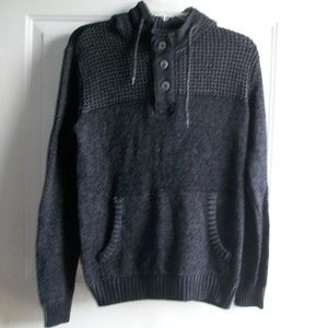 Retrofit Sweater Hoodie Size: Small